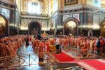 Архиепископ Серафим принял участие в Божественной Литургии в Храме Христа Спасителя города Москвы